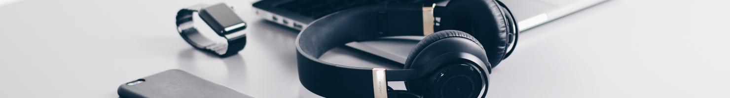Kopfhörer und Elektronikartikel